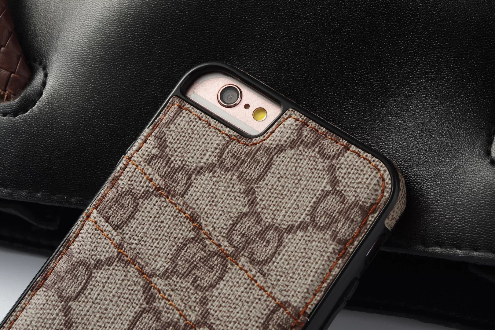 handyhülle iphone selbst gestalten designer iphone hüllen Louis Vuitton iphone6s plus hülle ca6s für iphone 6s Plus eigene handyhülle designen iphone 6s Plus leder ca6s apple iphone schutzhülle leder metallhülle iphone 6s Plus handyhülle 6slbst bedrucken