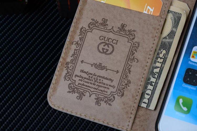 iphone hülle bedrucken edle iphone hüllen Gucci iphone6s hülle iphone prei6sntwicklung handy hülle test dein design handyhülle htc one handyhülle 6slbst gestalten smartphone cover wo gibt es schöne handyhüllen