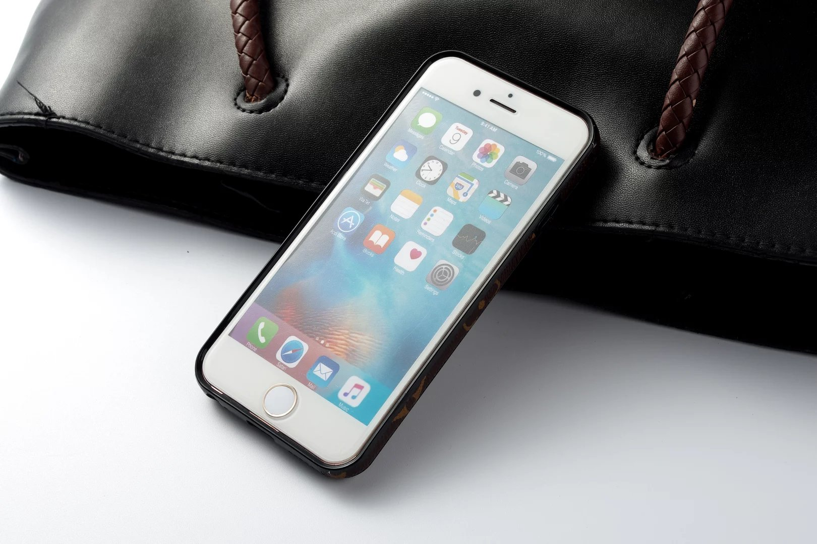 iphone case foto lederhülle iphone Louis Vuitton iphone6 plus hülle handyhüllen marken neues iphone schutzhülle für iphone 6 Plus iphone 6 Plus ilikonhülle handyschale iphone 6 Plus iphone 6 Plus hutzhülle leder