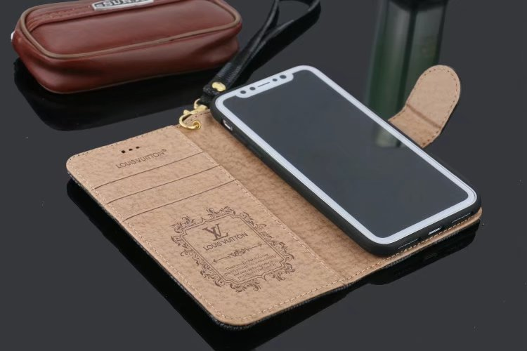 schutzhülle für iphone eigene iphone hülle Louis Vuitton iphone X hüllen iphone X ilikon handytasche X iphone silikonhülle leder cover iphone X caX iphone X apple wann erschien das iphone X