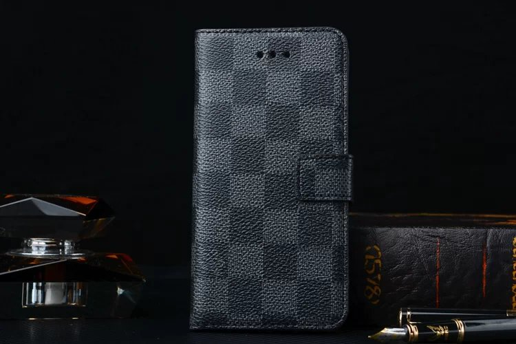iphone hülle gestalten iphone case mit foto Louis Vuitton iphone 8 Plus hüllen handyhülle iphone 8 Plus foto größe 8 Plus iphone 8 Plus bildschirm handy iphone 8 Plus hochwertige iphone hüllen handyhülle htc