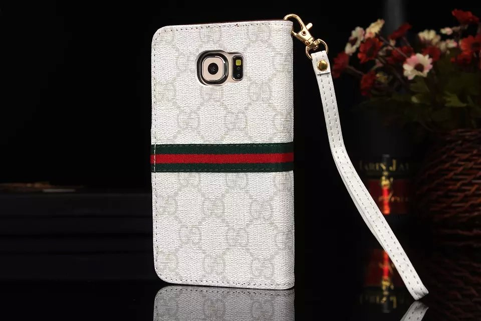 iphone hüllen iphone hülle selber machen Gucci iphone7 Plus hülle handyschale iphone 7 Plus apple iphone 7 Plus zubehör handy hülle 7 iphone 7 Plus flip tasche neues iphone cooles iphone zubehör
