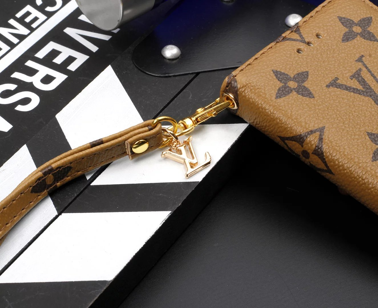 iphone hülle selber machen case für iphone Louis Vuitton iphone7 hülle handy etui iphone 7 handykappen design handy hüllen iphone zubehör shop persönliche handyhülle iphone 7 hülle leder apple