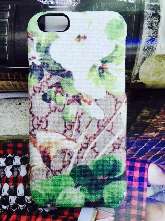 iphone hüllen shop iphone case selbst gestalten günstig Gucci iphone6 plus hülle iphone 6 Plus oder 6 iphone 6 Plus hülle aufklappbar fotodruck auf handyhülle wo kann man handyhüllen kaufen carbon cover iphone 6 Plus ipad ca6 leder