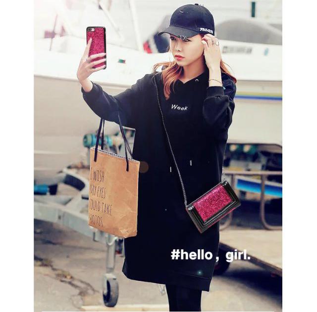 iphone hülle bedrucken lassen iphone hülle selbst gestalten Chanel iphone 8 hüllen i phine 8 apple store zubehör handy zubehör iphone 8 neues iphone 8 verrückte iphone hüllen apple iphone 8 preis