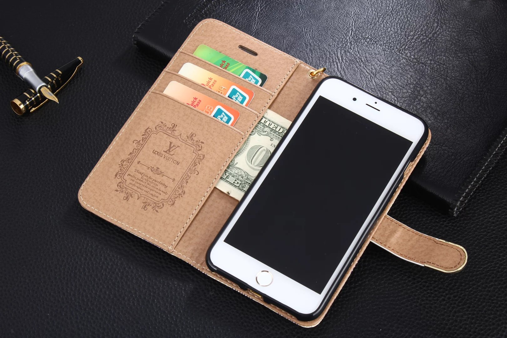 iphone 8 Plus designer covers iphone 8 Plus leather cover Louis Vuitton iphone 8 Plus case iphone 8 Plus wallet case for women best case iphone 8 Plus mobile phone case covers best iPhone 8 Plus case brands case iphone iPhone 8 Plusa case
